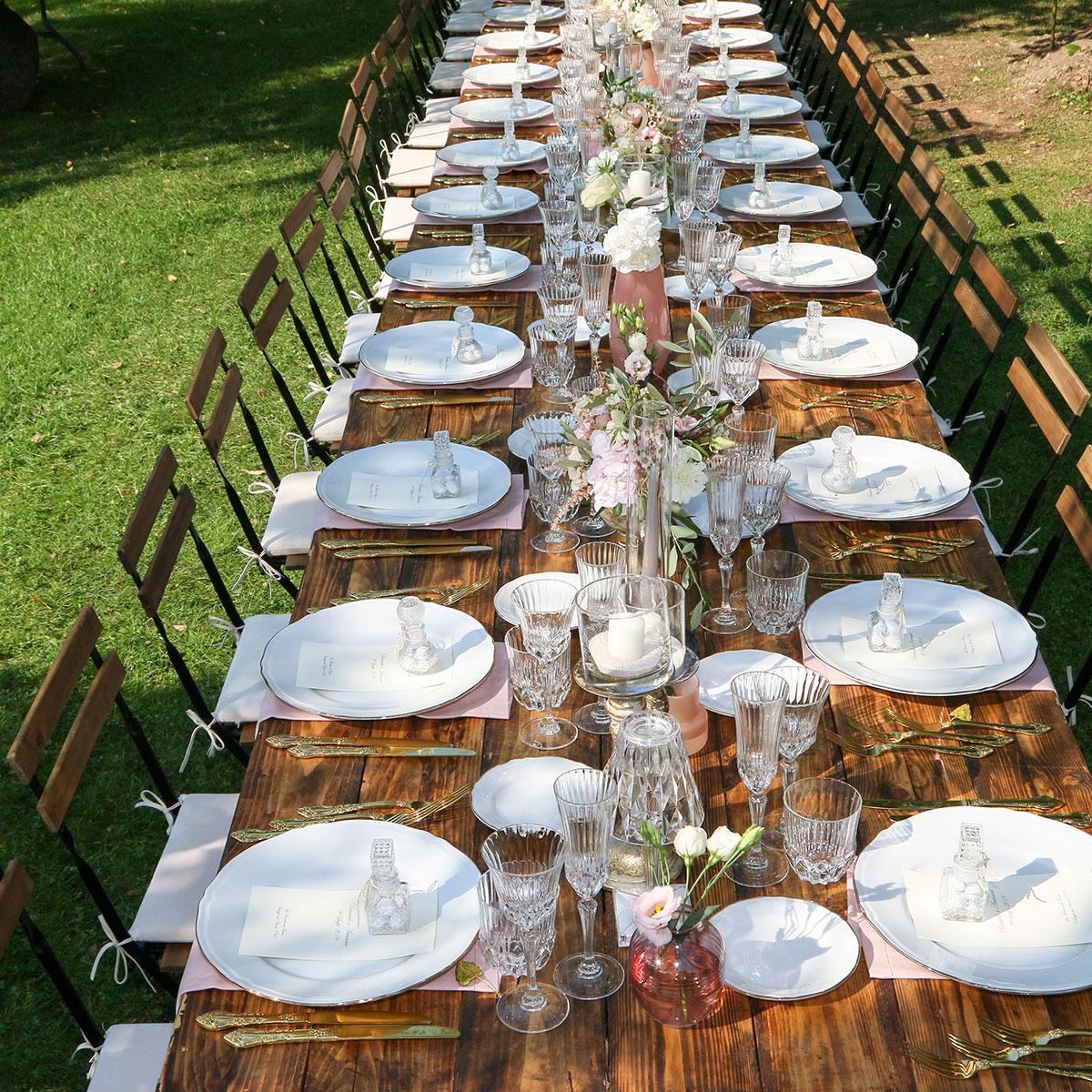 Matrimoni tavolo con fiori | Negriricevimenti.com